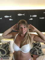 Sweet Susi. In The Hotel Room Free Pic 3