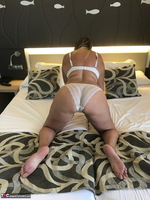 Sweet Susi. In The Hotel Room Free Pic 4