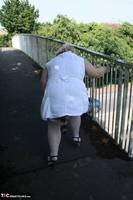 Lexie Cummings. Flashing On The Bridge Free Pic 9