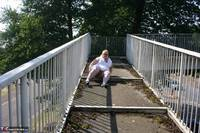 Lexie Cummings. Flashing On The Bridge Free Pic 15