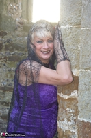 . Witch In The Ruins Free Pic 3