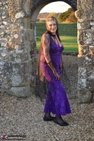 . Witch In The Ruins Free Pic 5