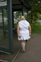 Lexie Cummings. Lexie & Her Tail In The Bus Shelter Free Pic 14