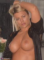 Phillipas Ladies. Dolly Shows Off Her Large Boobs Free Pic 3