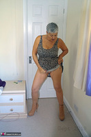 . Beige Ankle Boots Free Pic 7