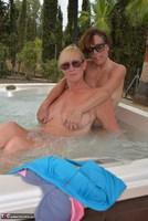 Melody. Hot Tub Lesbo Fun With Pandora Pt2 Free Pic 6