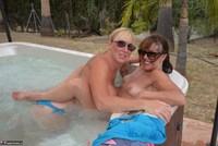 Melody. Hot Tub Lesbo Fun With Pandora Pt2 Free Pic 10