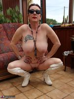 Mary Bitch. With White Boots Free Pic 20