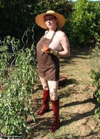 Mary Bitch. In My Garden In Rubber Boots Free Pic 5