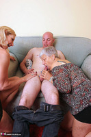 . Savana, Molly & Jonny Free Pic 6