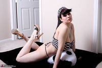 Susy Rocks. Shaved Pt1 Free Pic 7