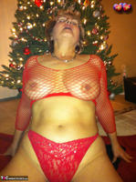 Busty Bliss. Happy Holidays From Busty Clause Free Pic 10