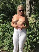 Sweet Susi. White Leggings Free Pic 3
