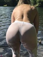 Sweet Susi. White Leggings Free Pic 14