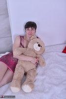 Hot Milf. Purplr Body & Teddy Free Pic 1