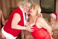 SpeedyBee. Christmas Orgy Free Pic 1