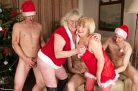 SpeedyBee. Christmas Orgy Free Pic 3