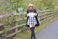 Barby Slut. Barby's Bridge Flash Free Pic 4