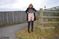 Barby Slut. Barby's Bridge Flash Free Pic 13