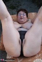 Kinky Carol. Stripping In The Evening Sun Pt3 Free Pic 11