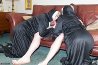 SpeedyBee. Two Sinful Sisters Free Pic 7