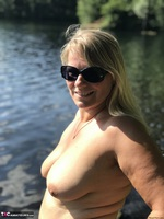 Sweet Susi. Flashing At The Lake Free Pic 3
