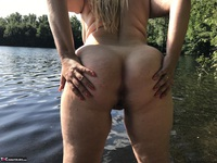 Sweet Susi. Flashing At The Lake Free Pic 10