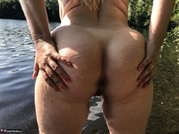 Sweet Susi. Flashing At The Lake Free Pic 11