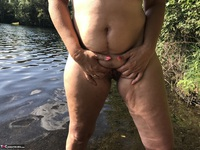 Sweet Susi. Flashing At The Lake Free Pic 12