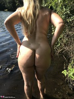 Sweet Susi. Flashing At The Lake Free Pic 20