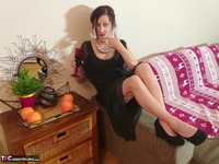 Diana Ananta. Red Wine Free Pic 2