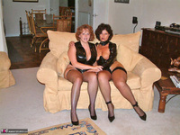 Curvy Claire. Claire & Marie Pt1 Free Pic 1