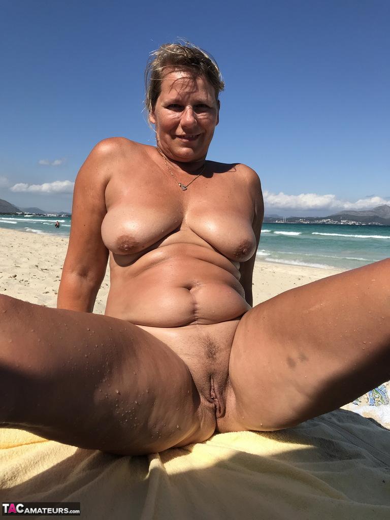Mature beach nudist long — img 12