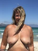Sweet Susi. The Beach Free Pic 18
