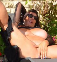 LuLu Lush. Lulu Sunning In The Courtyard Free Pic 20