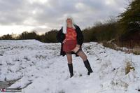 Barby Slut. Barby In The Snow Free Pic 2
