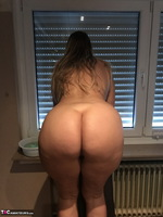 Sweet Susi. Naked Window Cleaning Free Pic 3