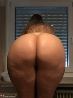 Sweet Susi. Naked Window Cleaning Free Pic 4