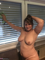 Sweet Susi. Naked Window Cleaning Free Pic 9