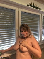 Sweet Susi. Naked Window Cleaning Free Pic 11