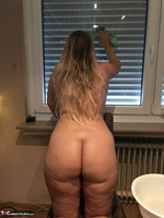 Sweet Susi. Naked Window Cleaning Free Pic 12