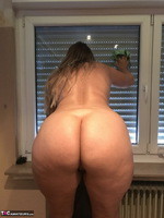 Sweet Susi. Naked Window Cleaning Free Pic 13