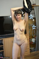 Hot Milf. Black Wet Look Pt2 Free Pic 9