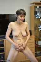 Hot Milf. Black Wet Look Pt2 Free Pic 18