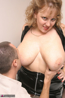 Curvy Claire. Claire's Fun In The Bedroom Free Pic 3