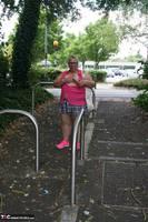 Lexie Cummings. Lexie Strips Down The Lane Free Pic 2