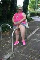 Lexie Cummings. Lexie Strips Down The Lane Free Pic 6