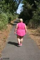 Lexie Cummings. Lexie Strips Down The Lane Free Pic 9