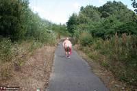 Lexie Cummings. Lexie Strips Down The Lane Free Pic 19