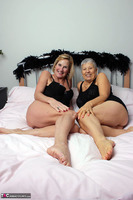 . Savana & Molly In Black Free Pic 1